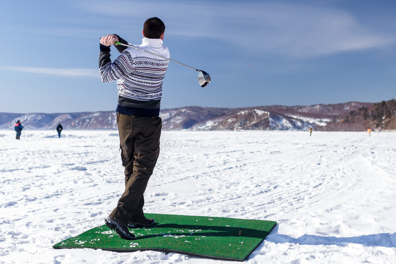 Besides winter golf, Baikal is great for fat-biking, fishing, jeep-riding, motorcycling, hiking and ice-marathon running. People also play music on the ice floes and even set up ice libraries.