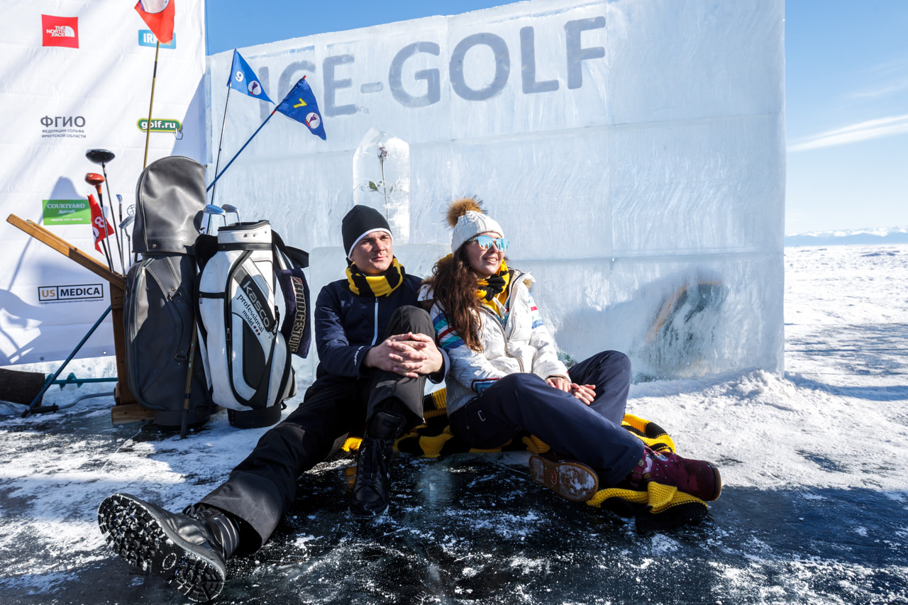 Over the past 12 years of the competition, more than 1,000 people have played ice golf on Lake Baikal. The largest tournament attracted a turnout of 150 professionals and amateurs. What's more, Baikal is set to host the 2020 World Ice Golf Championship.