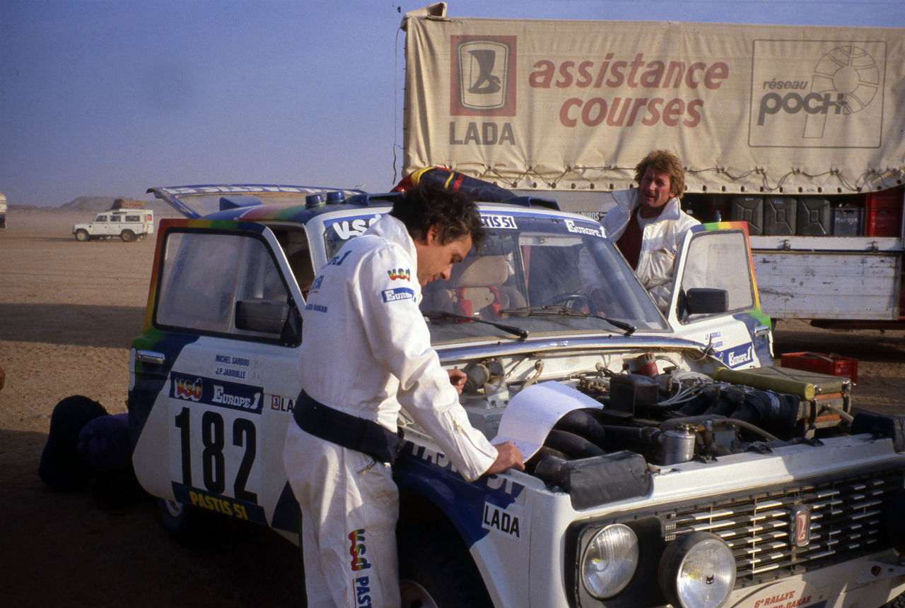 The French were particularly enamored of the Niva. This is because French racers drove the vehicle to a podium finish in the prestigious Paris-Dakar Rally three years in a row. Jean-Claude Priavon and André Deliar took third place in 1981 and second a year later, and in 1983 their achievement was repeated by André Trussat and Erik Briavon.