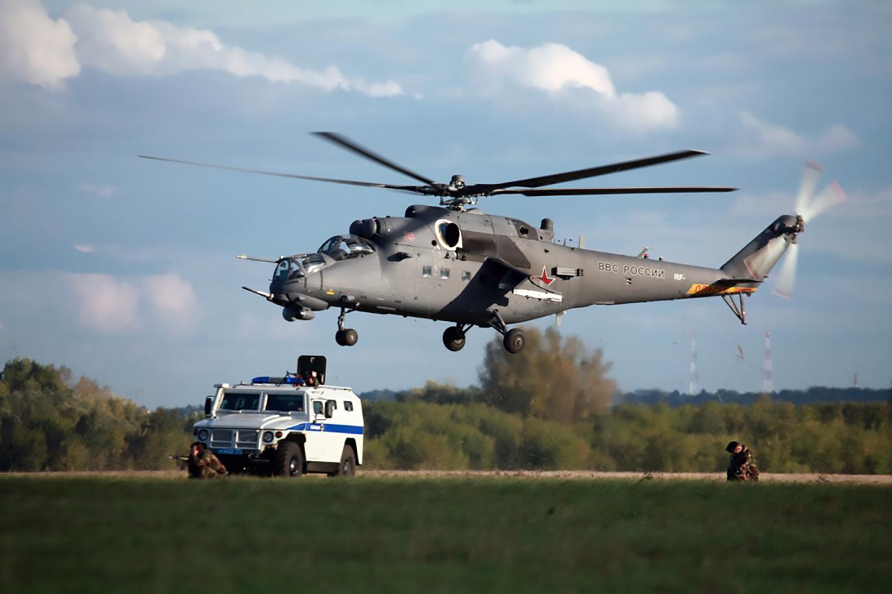 Mi-35M da Força Aérea Russa (Foto: Aleksêi Mikheev/Russian Helicopters)