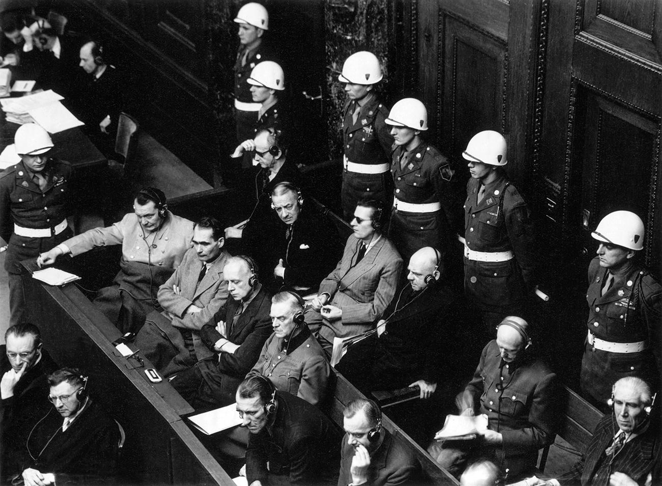 Des criminels de guerre au procès de Nuremberg, Nuremberg, 1946. Crédit: Musée d'art multimédia de Moscou