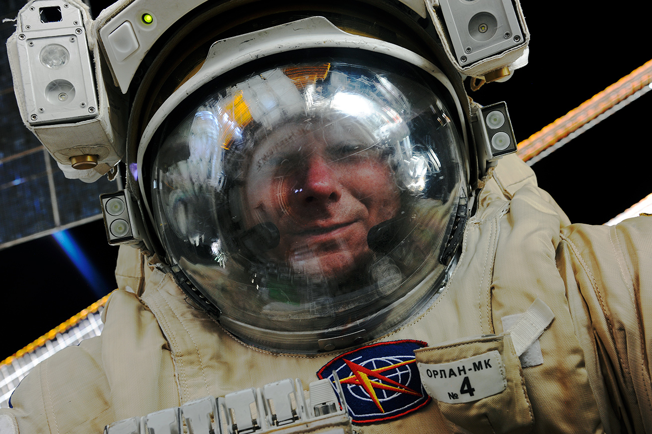 """Many astronauts believe Russia's official ban on alcohol in space is harmful."" Photo: Cosmonauts Gennady Padalka during his tenth spacewalk."