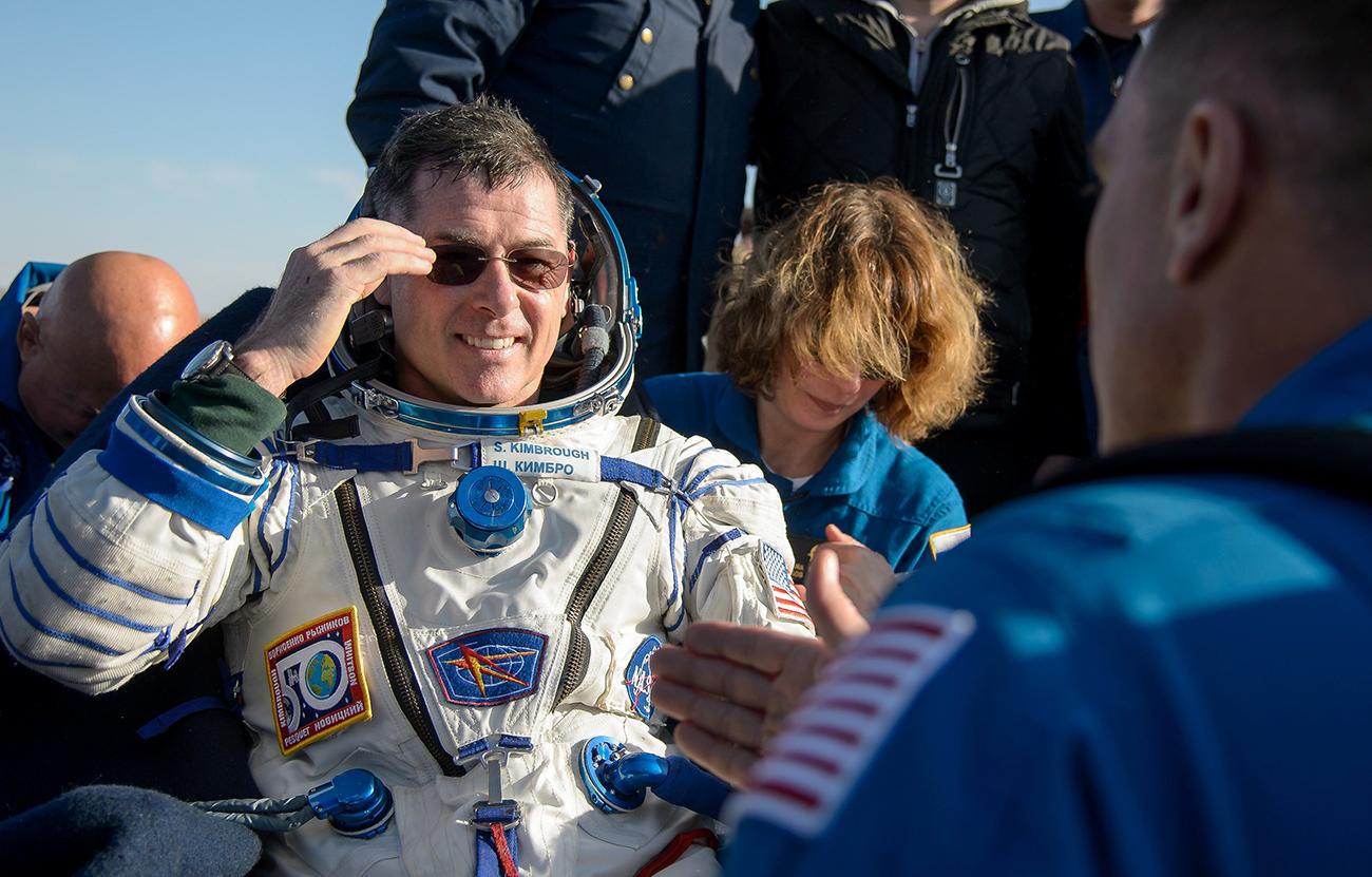 NASA astronaut Shane Kimbrough after the landing of Russia's Soyuz MS-02 space capsule near the town of Dzhezkazgan, Kazakhstan, April 10, 2017. / Reuters