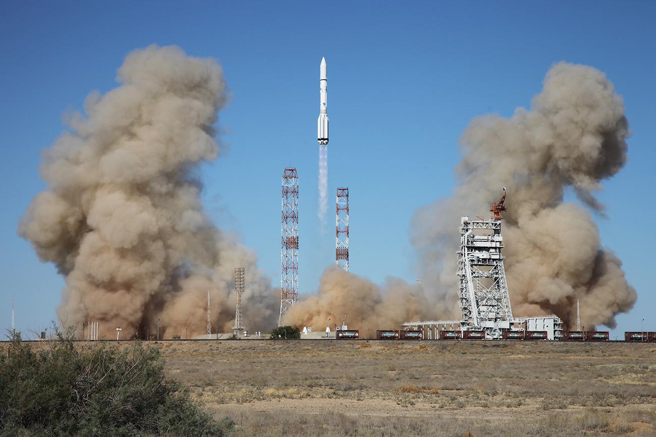 Tir du lanceur Proton-M. Crédit : Roskosmos