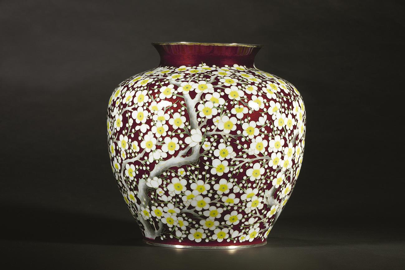L'exposition des objets japonais accordés par Nasser David Khalili. Crédit : KFT
