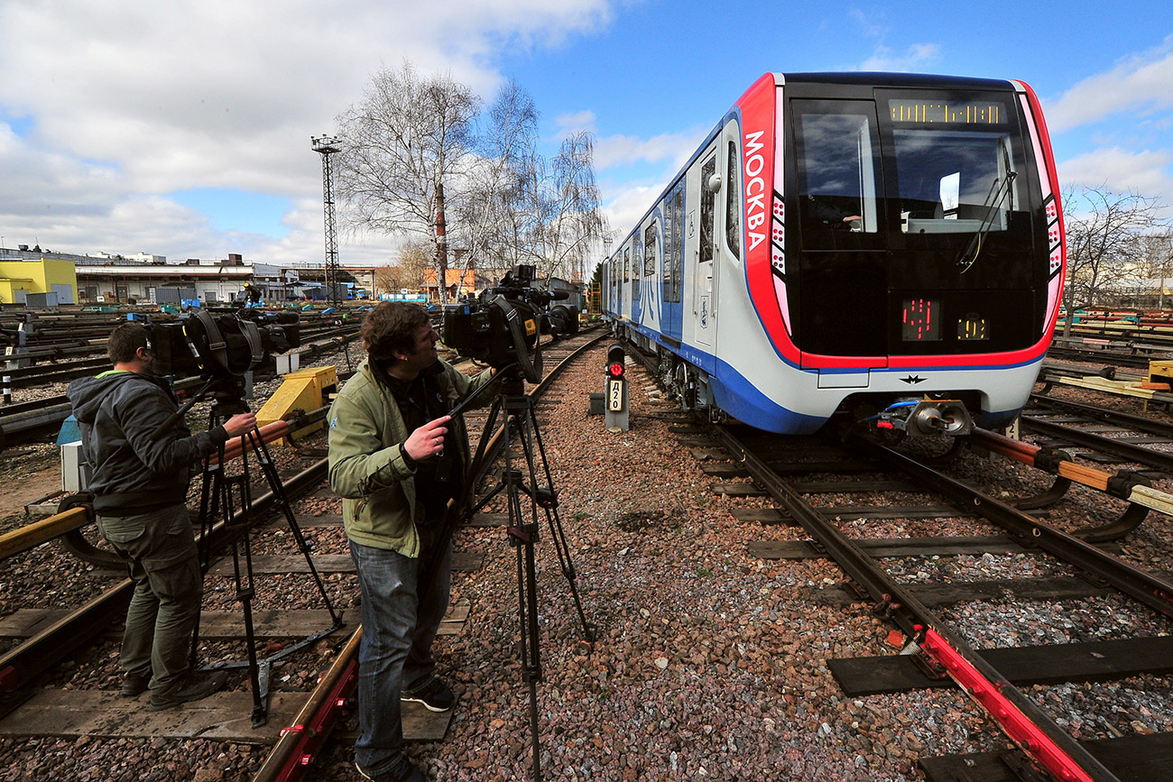 First Moskva next generation trains launched on the Tagansko-Krasnopresnenskaya Line of the Moscow Metro
