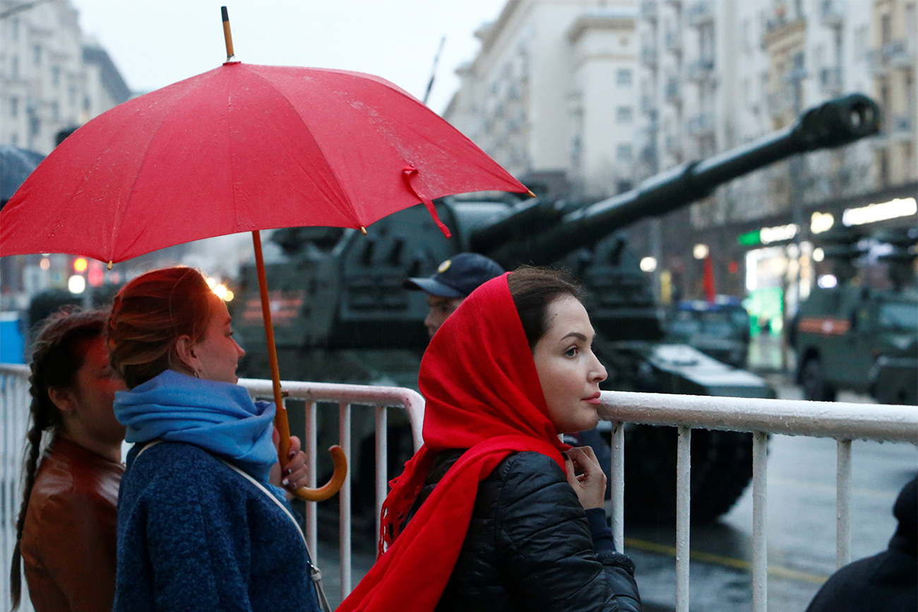Ni la pluie ni le mauvais temps n'ont su dissuader les habitants de la capitale.