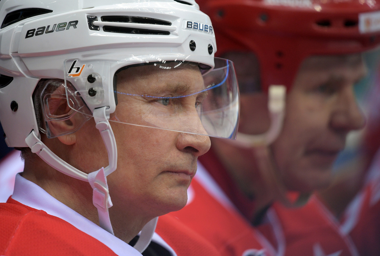 Russian President Vladimir Putin takes part in a gala match of the hockey teams of the Night League in Sochi, Russia, May 10, 2017.