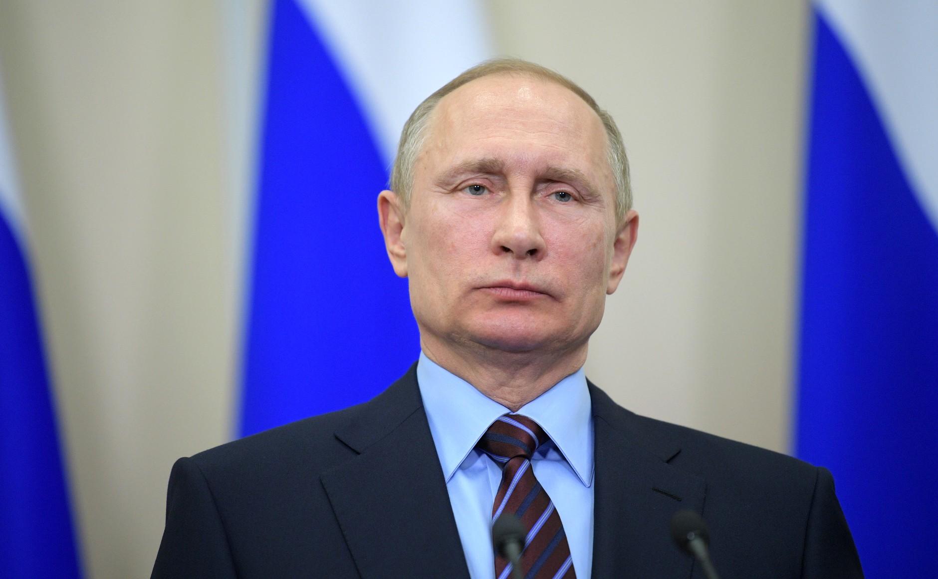 """""""Saya ingin menyampaikan bahwa dunia Islam dapat sepenuhnya mengandalkan dukungan dan kerja sama dari Rusia,"""" ujar Putin."""