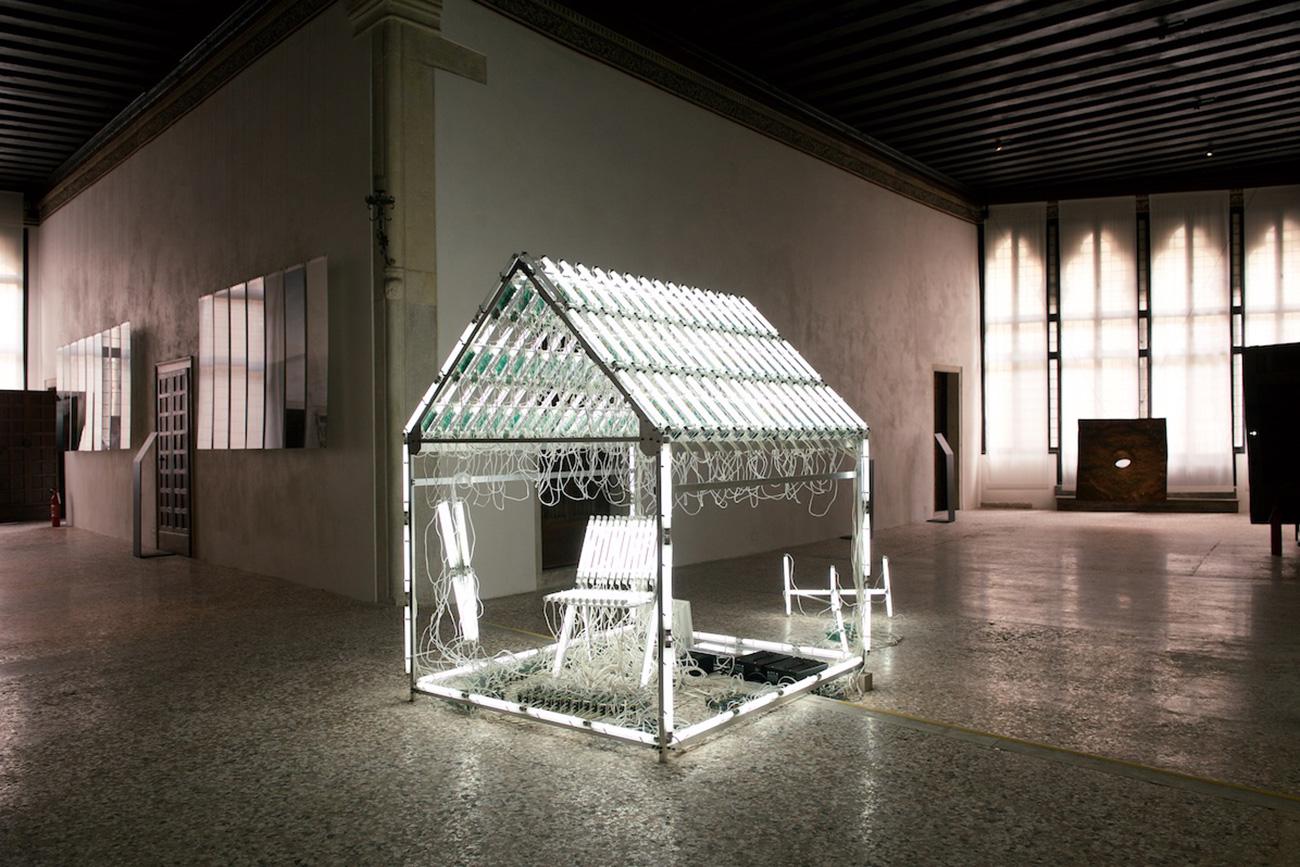 Man as Bird. Images of Journeys./Palazzo Soranzo Van Axel\n