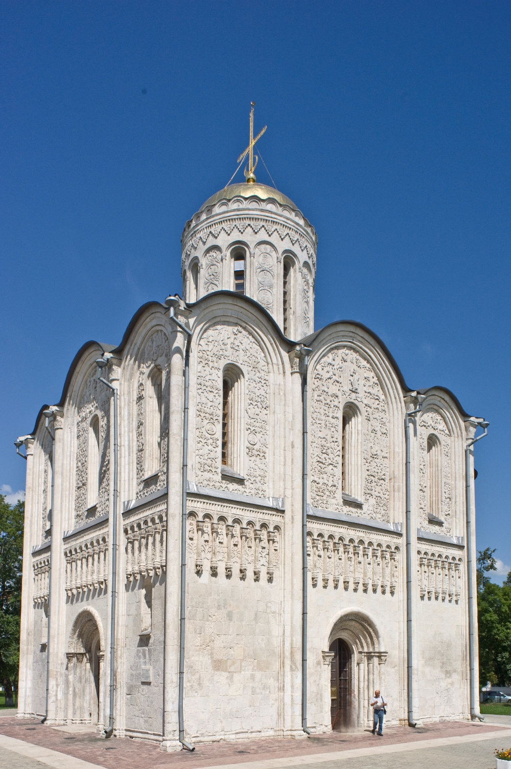Vladimir. Cathedral of St. Dmitry, southwest view. July 18, 2009. / Photo: William Brumfield