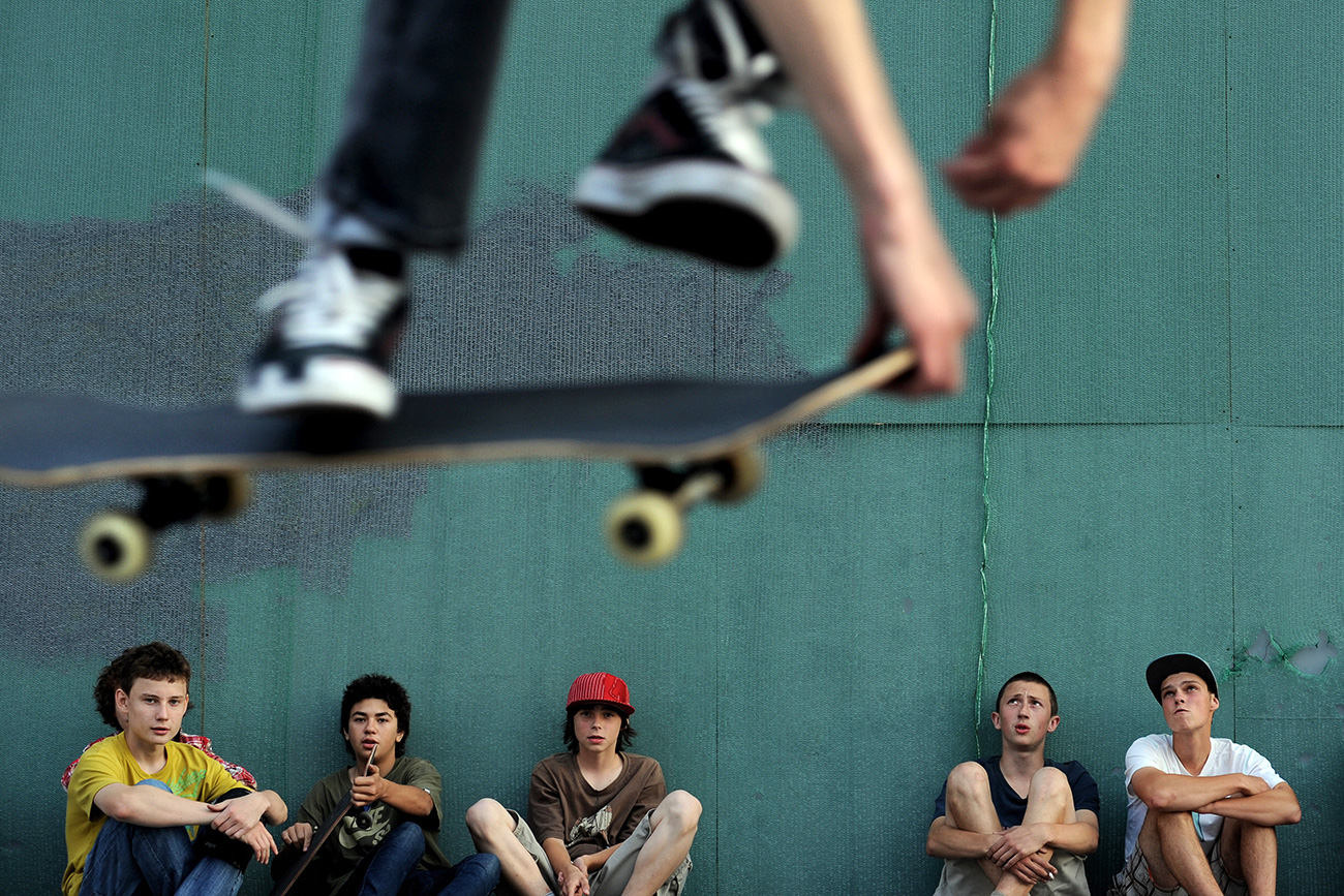Руски скејтбордери во централна Москва.