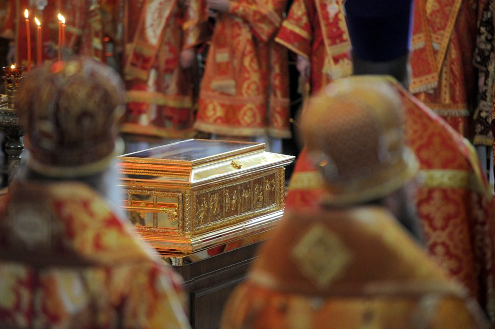 The relics of St. Nicholas the Wonderworker were delivered to Moscow.