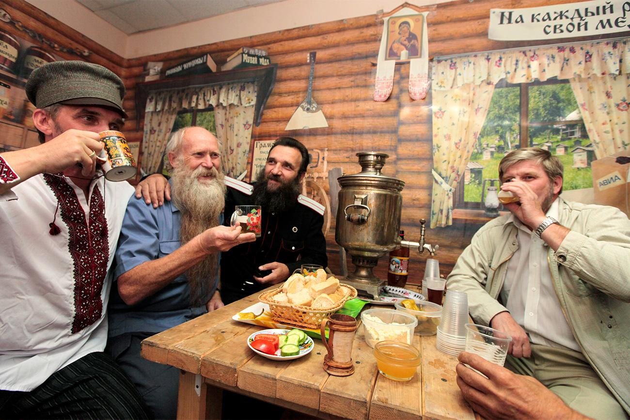 El consumo de bebidas alcohólicas era algo poco común en Rusia en los tiempos antiguos.