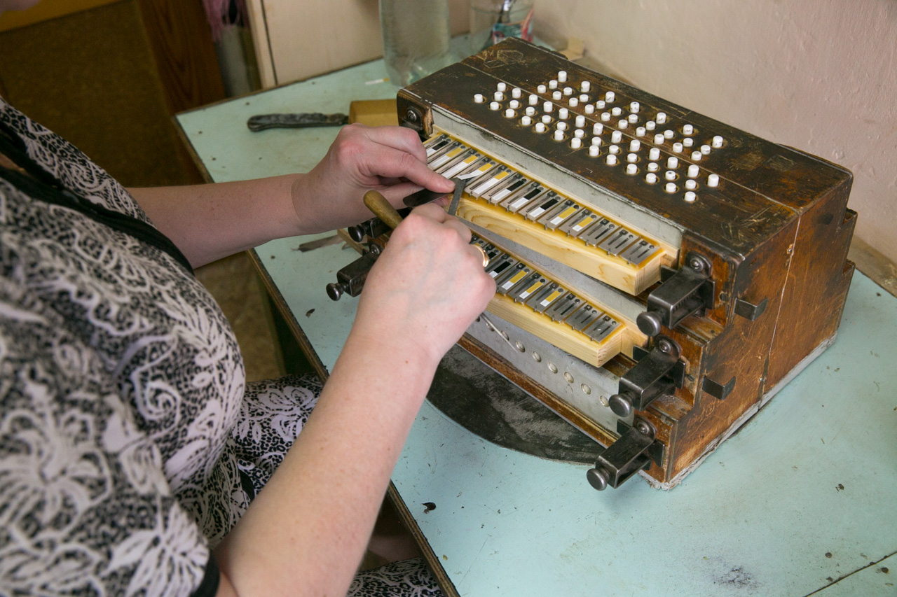 Word got out, and soon Sokolov and his accordion became known throughout Russia, putting Shuya on the map as the home of high-quality instrument-making.