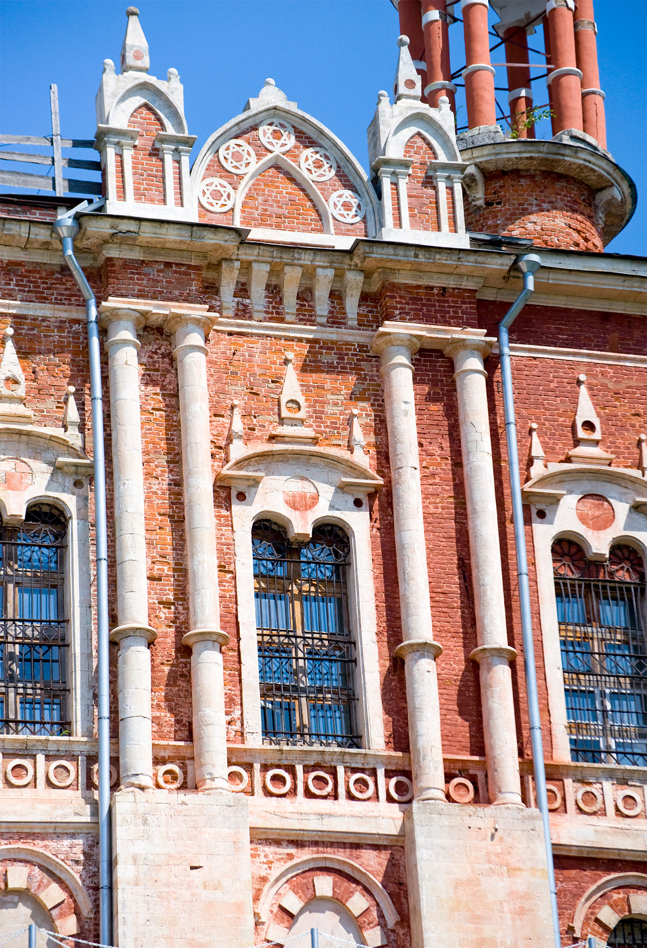 Cathedral of St. Nicholas, south facade, decorative details. July 5, 2015. / Photo: William Brumfield