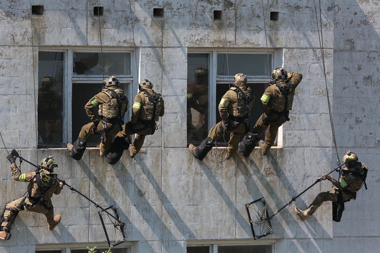 Pripadnici FSB-a na vježbama u Jevpatoriji (Krim) /