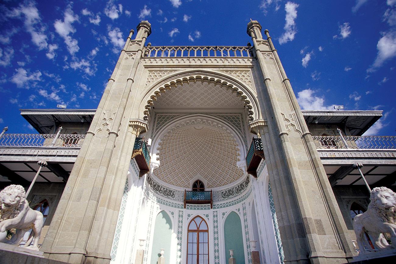 Moorish style palace as seen from garden. Source: Danita Delimont/Global Look Press