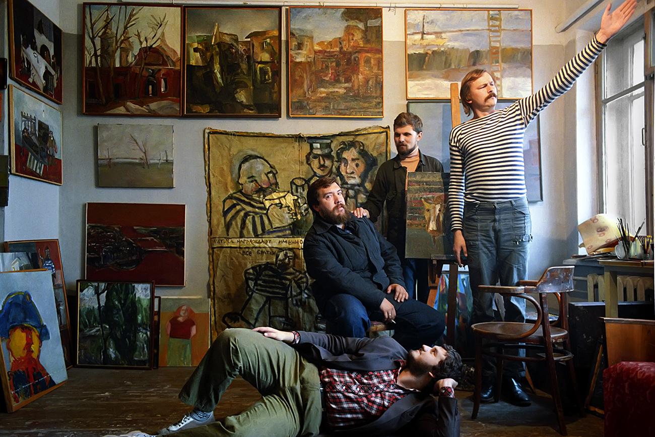 Dmitry Shagin (L), leader of the Mitki artistic movement, in a studio with his associates. Source: Igor Mikhalev/RIA Novosti