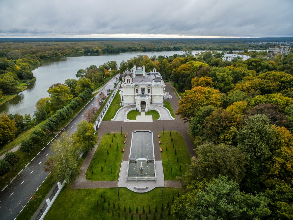 Construída em 1905, o Propriedade Aseev, em Tambov, tornou-se estatal após a revolução e passou a abrigar a Faculdade de Biologia da Universidade de Tambov. Em 1995, foi declarada patrimônio cultural do país, e, em 2014, tornou-se museu (Foto: Vadim Razumov)