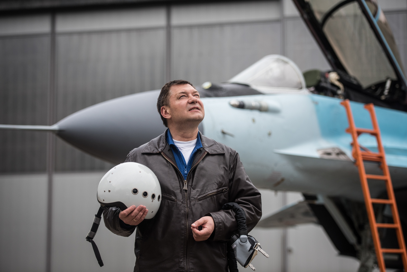 Пробни пилот Михаил Бељајев.