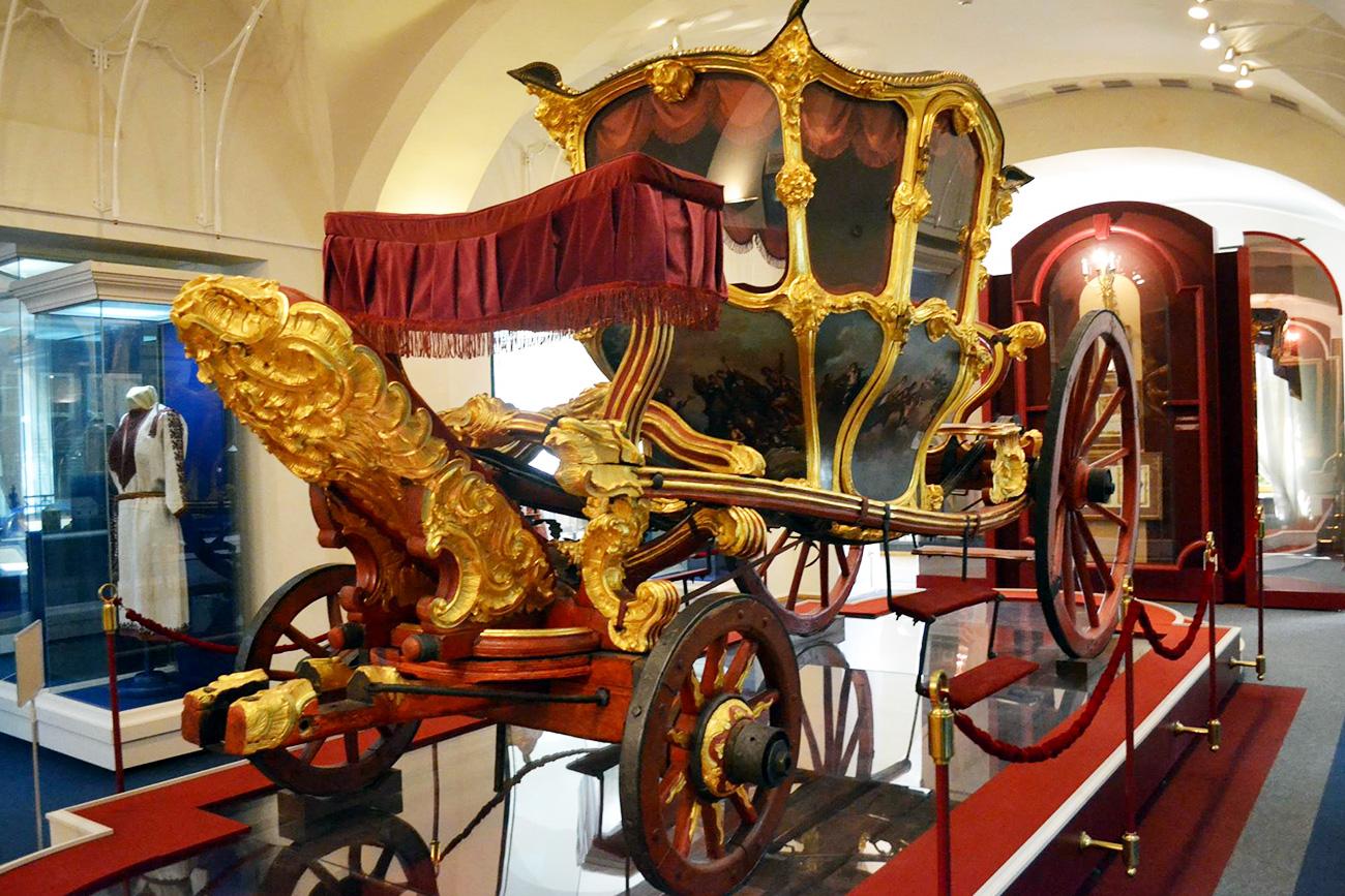 Carruagem de Catarina, a Grande (Foto: Museu Nacional da República do Tatarstão)