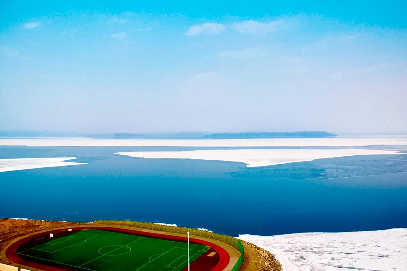 A i tijekom zime postoji dovoljno razloga da susjedi stadiona bace pogled kroz prozor.