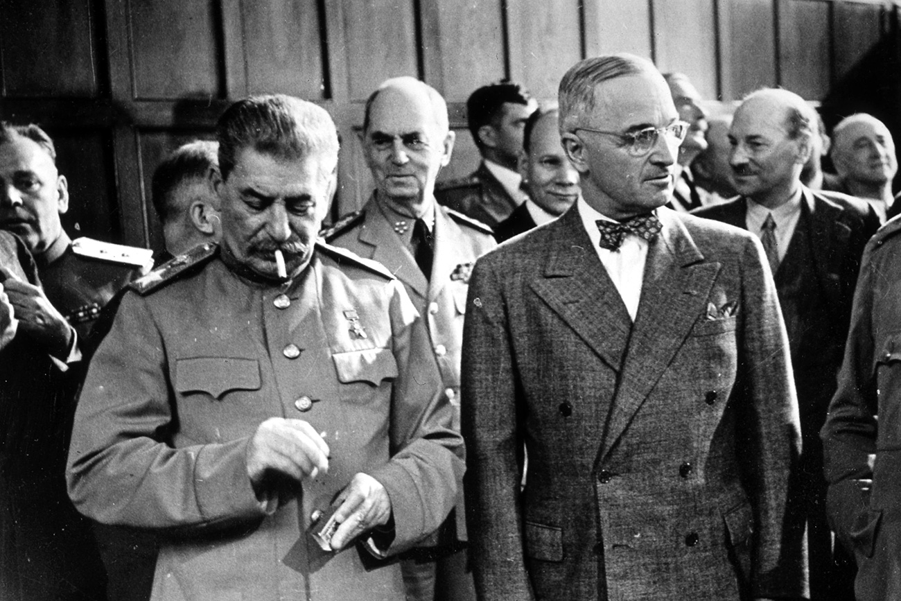 A picture of Soviet photographer Yevgeny Khaldei from July 1945 shows the participants of Potsdam Conference at the end of World War II. From left Josef W. Stalin (USSR), Harry S.Truman (USA) und Winston Churchill (Great Britain), who talk to the press.