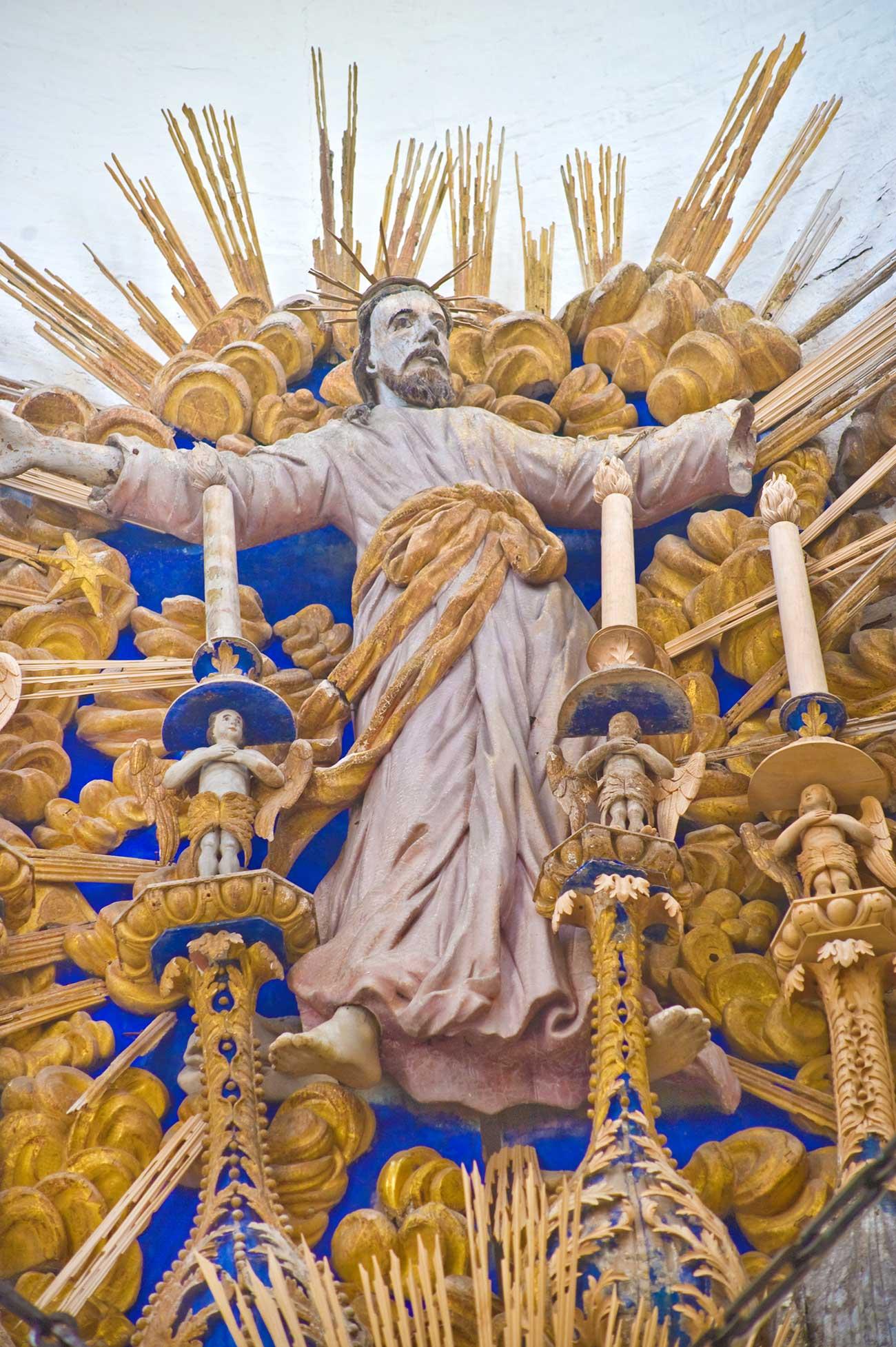 Cattedrale della Trasfigurazione di Belozersk, sezione superiore dell'iconostasi, Ascensione di Cristo, agosto 2009. Fonte: William Brumfield