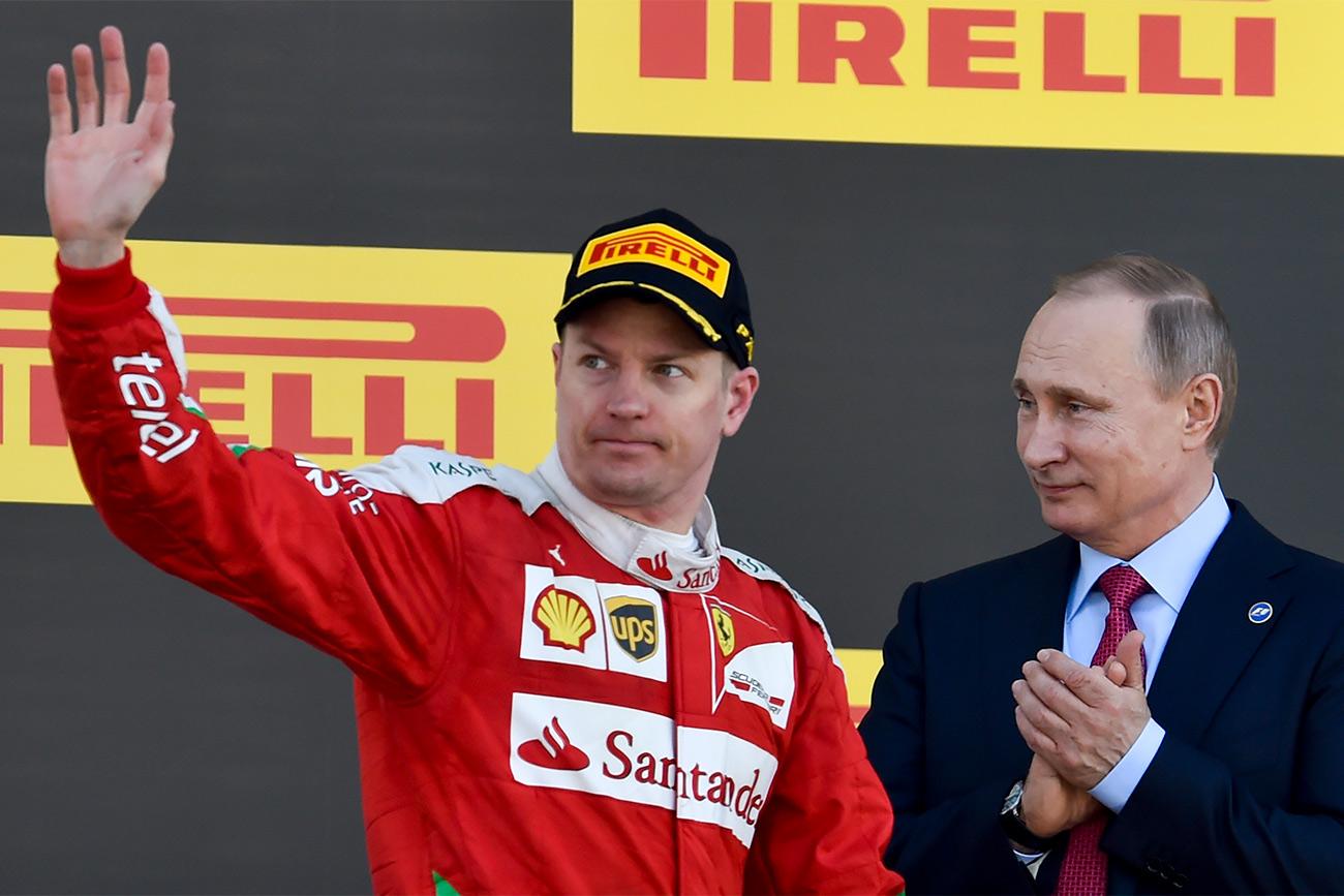 """Možda je teško povjerovati, ali prvi automobil koji je sebi kupio poznati as Formule 1 Finac Kimi Räikkönen bila je """"Lada"""". Njezin motor je Räikkönen u potpunosti remontirao."""