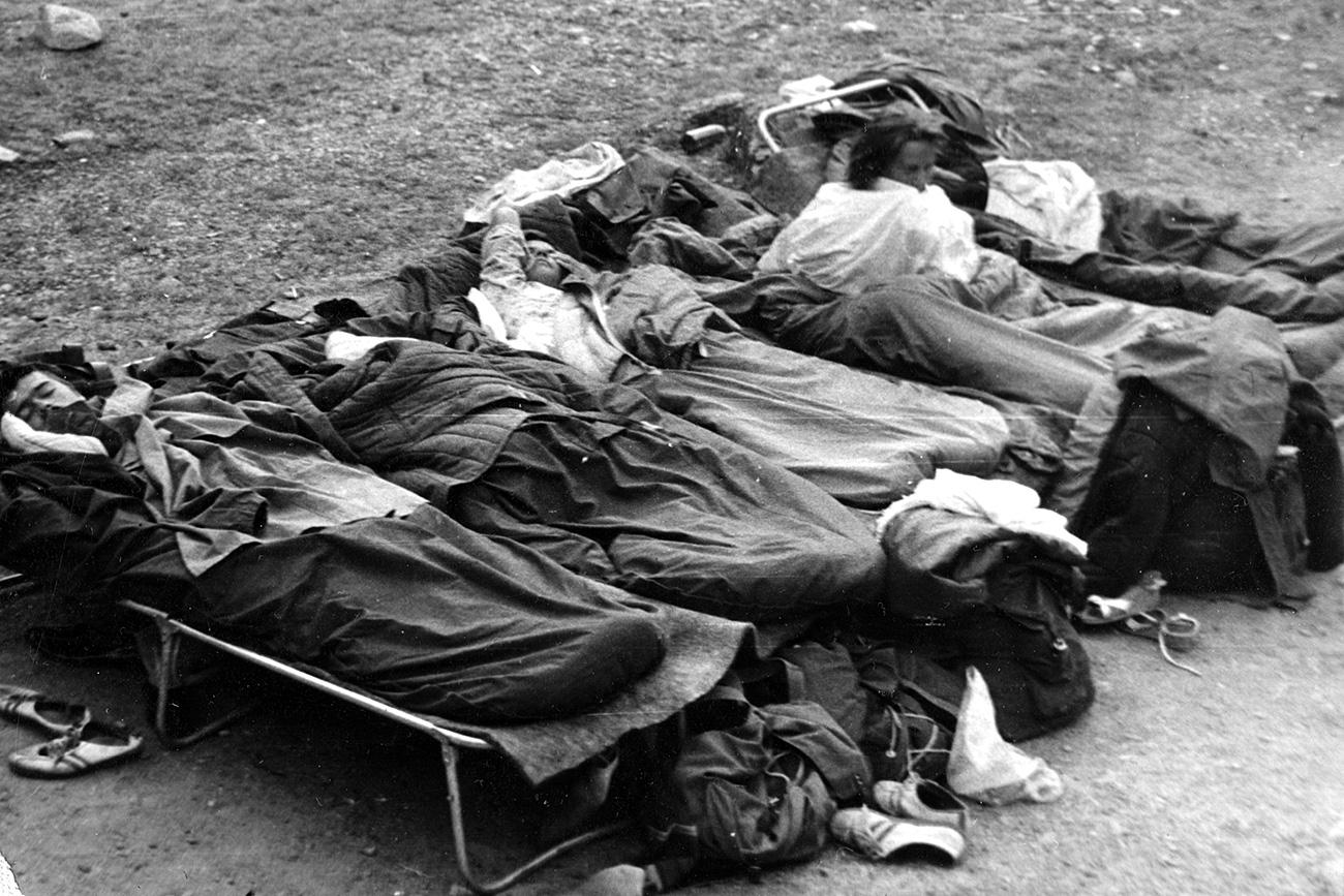 Пре простирки, геолози су користили кревете за камповање. Из личне архиве др Владимира Владимирова