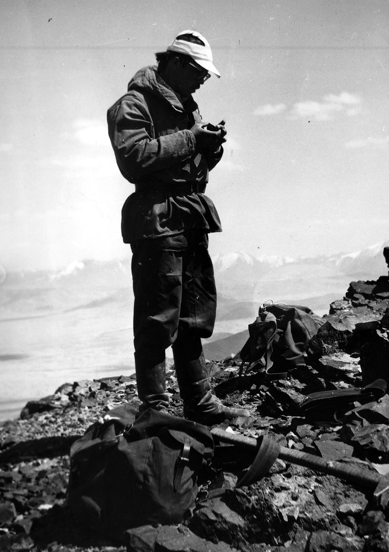 Геолог у планинама, 1982. Из личне архиве др Владимира Владимирова