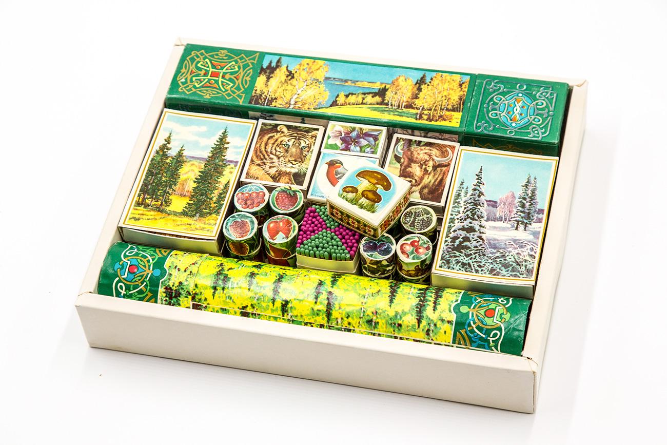 """""""Russian forest"""" souvenir matchboxes / Igor Rodin"""