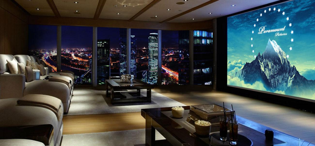 フェデレーション・タワーの29階にある「アンティ・シネマ」
