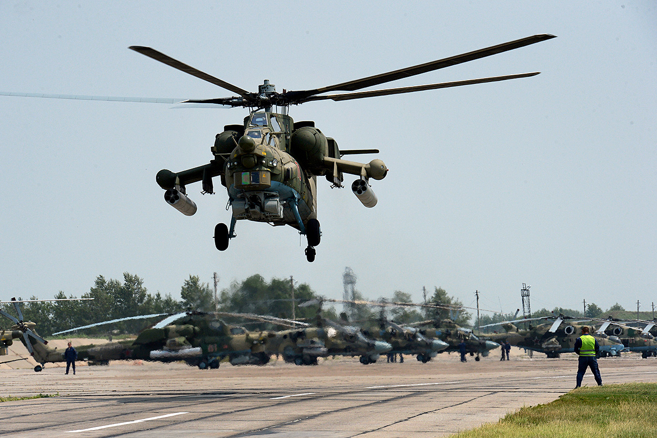 Mi-28 helicopter.