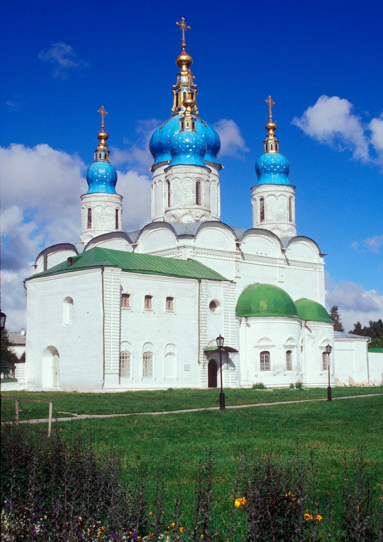 La Cattedrale di Santa Sofia della Dormizione, Tobolsk. Foto scattata nell'agosto 1999. Fonte: William Brumfield