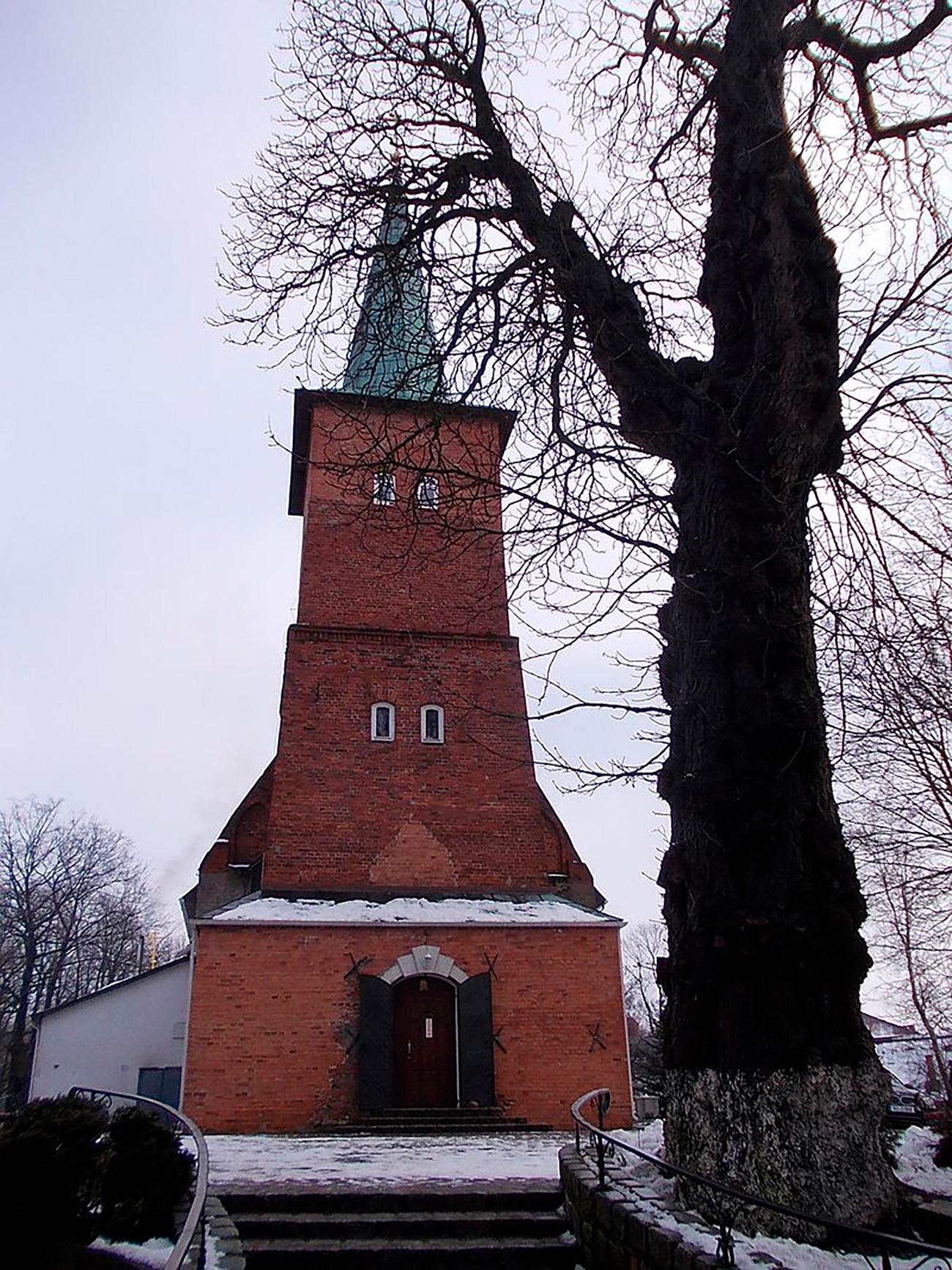 ドイツ騎士団の教会=Wikipedia