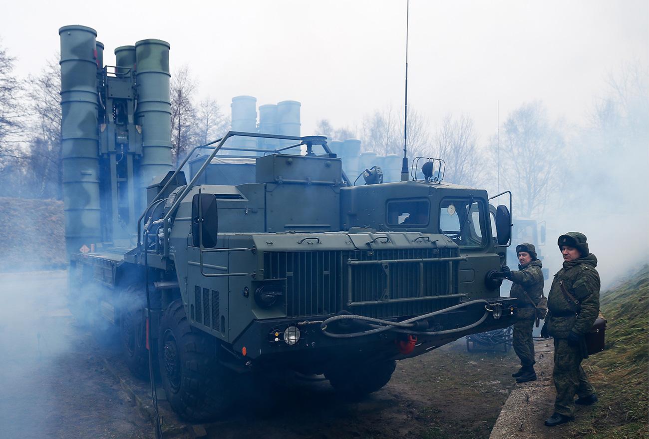 Vježba protuzračnih jedinica Baltičke flote sa sustavom S-400 /