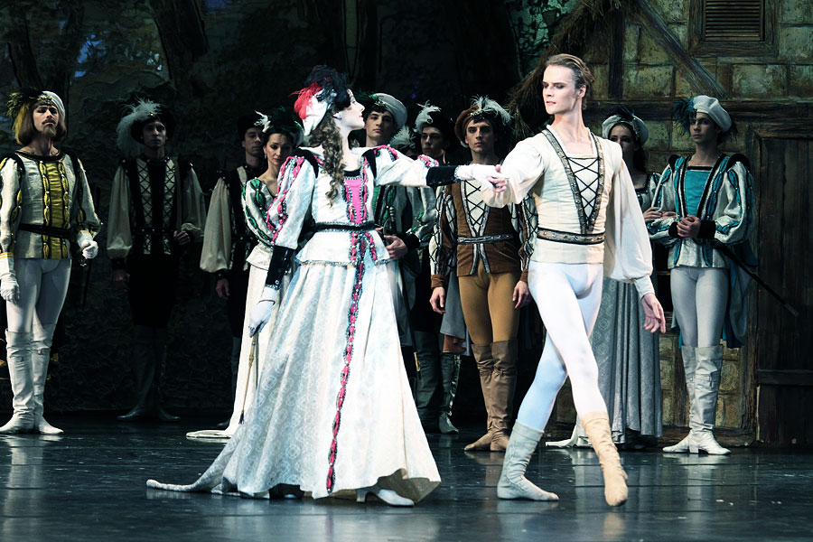 Giselle will be presented by the Moscow State Stanislavsky and Nemirovich-Danchenko Music Theatre.