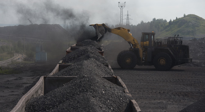 Putin ordered to resume coal supplies to Ukraine.