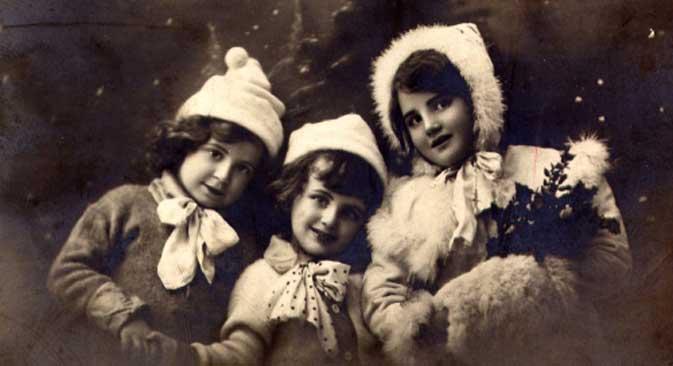 A Christmas postcard, 1910s.