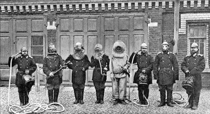 Firefighters, Moscow, 1900s.