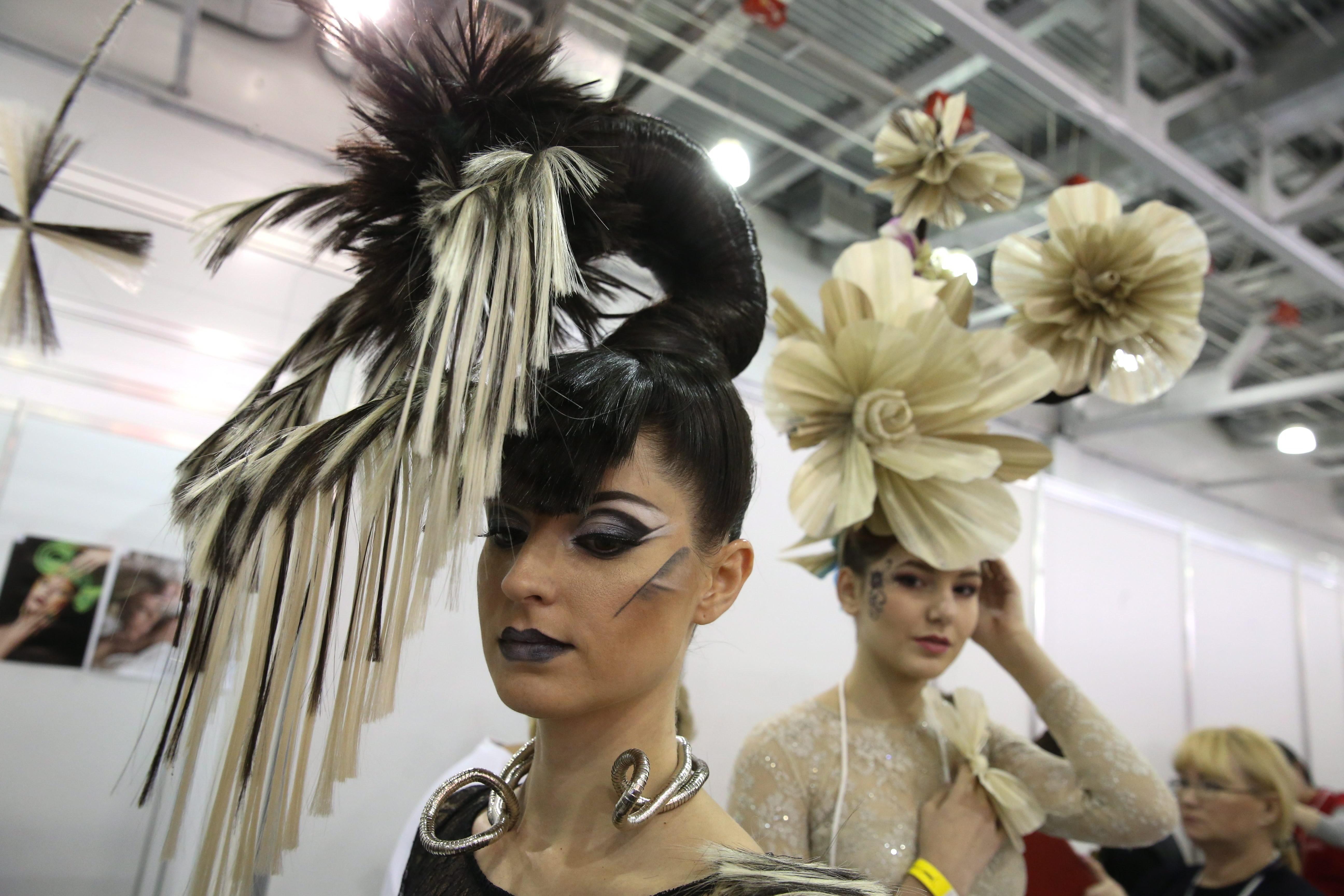 Финалът на ХXI-ия шампионат на Русия по фризьорско изкуство, декоративна козметика и ноктопластика в международния изложбен комплекс Crocus Expo в Москва.