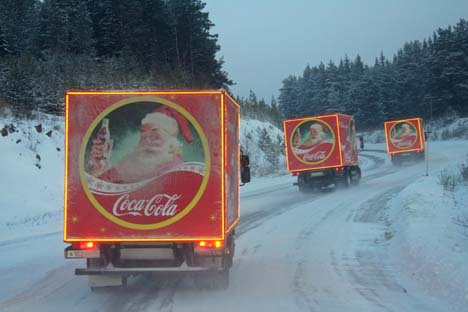 Caminhões da Coca-Cola: empresa quer manter força de sua marca na paisagem russa Foto: RIA Nóvosti