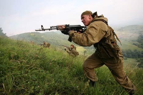 A Kalashnikov em ação: simplicidade e confiabilidade Foto: PHOTOSHOT/VOSTOCK-PHOTO
