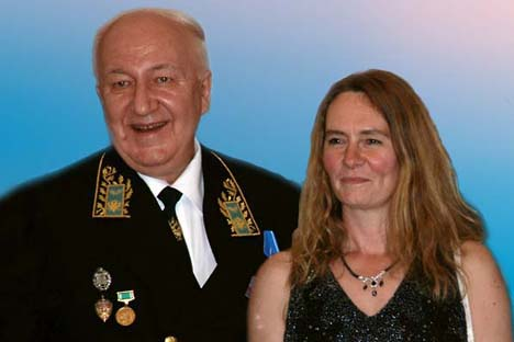 Russian ambassador Alexander Kadakin and the head of IRMT Alena Adamkova