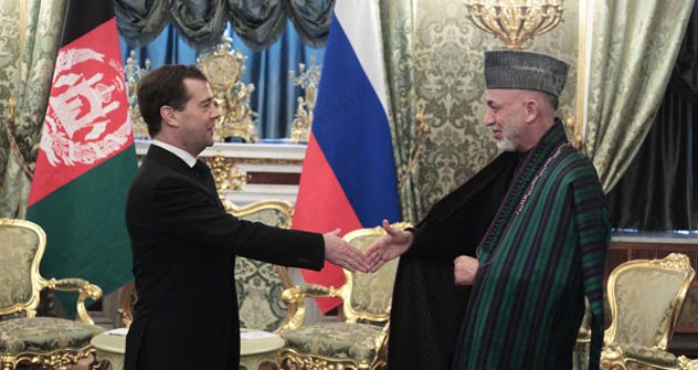 Russian President Dmitry Medvedev and his Afghan counterpart Hamid Karzai.Source: RIA Novosti