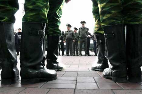 Nesta primavera, o número de soldados recrutados vai diminuir em 60 mil pessoas/Foto: ITAR-TASS
