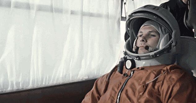 """Gagárin esteve no Brasil em 1961, quando recebeu a condecoração """"Realizações no Domínio do Aeronáutica"""". Nesse mesmo ano, foram reestabelecidas as relações diplomáticas entre o país e a União Soviética/Foto:RIA Novosti / Reprodução"""