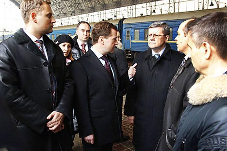 Dmitry Medvedev visiting to one of Moscow's main train stations. Source: RIA Novosti